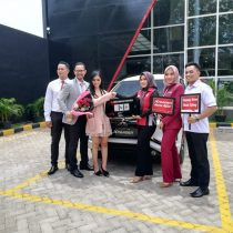 DO 1 Sales Marketing Mobil Dealer Mitsubishi Yuyun